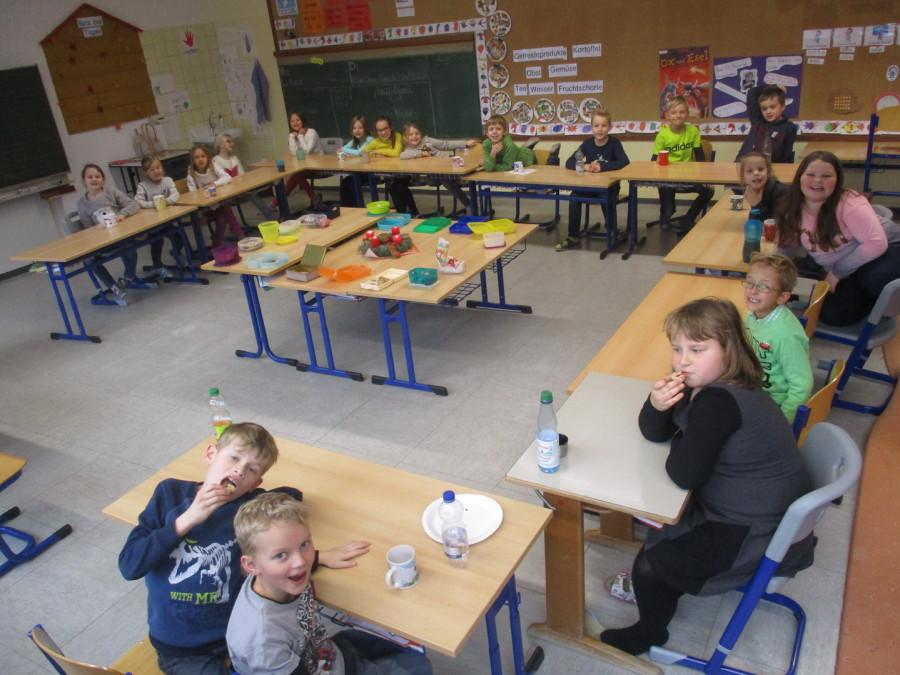 Grundschule Weihnachtsfeier.Dr Heinrich Stromer Grundschule Weihnachtsfeier Der Klasse 2c